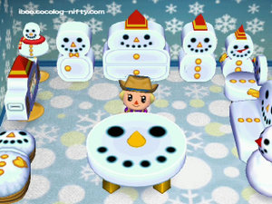 081224_snowman_furniture